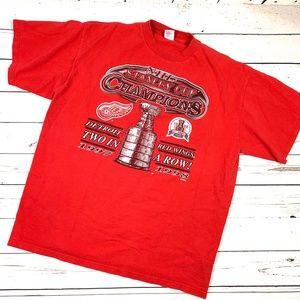 Vtg 90s Logo 7 Detroit Red Wings Graphic T-Shirt